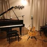 【cooljojo jazz+art】 ジャズ・ピアノ&ヴォーカル・クラス(火曜日)市川市八幡2-16-16 B1F